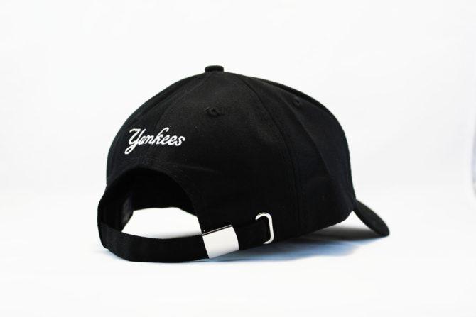 черная реперская кепка бейсболка YANKEES NY Logo New Era логотип сбоку