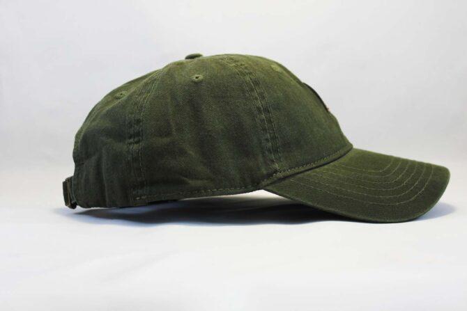 болотного цвета кепка бейсболка Carhartt green зеоеная кожаный козырек
