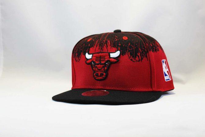кепка Snapback Chicago Bulls Red Black New Era черная с крастным