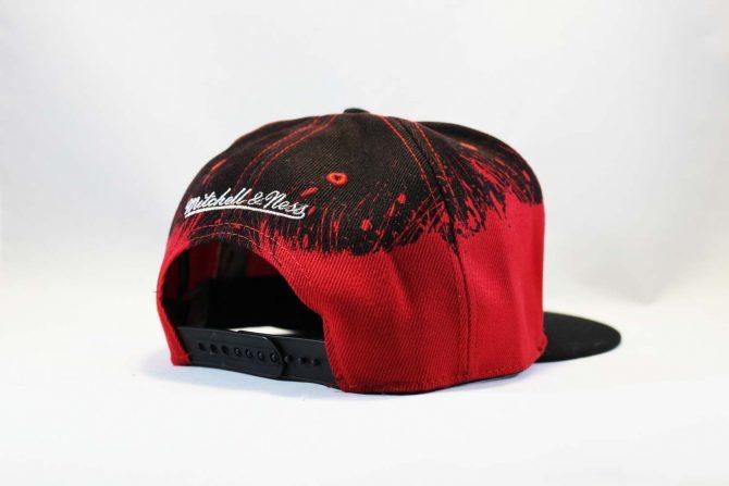 mitchell and Ness кепка Snapback Chicago Bulls Red Black New Era черная с крастным