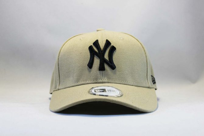 бейсболка snapback Yankees New York New Era бежевая купить