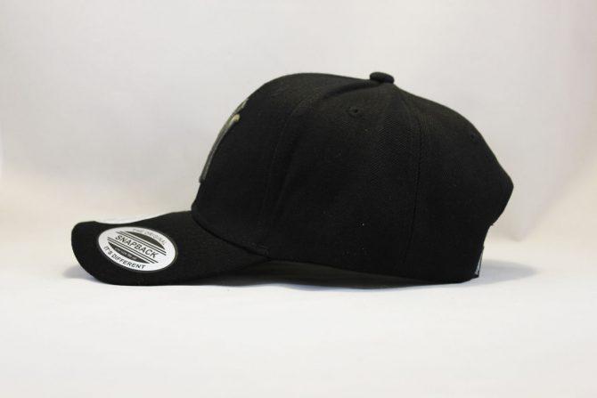 черная одежда оригинал кепка бейсболка yankees NEW ERA New York черная с черным логотипом